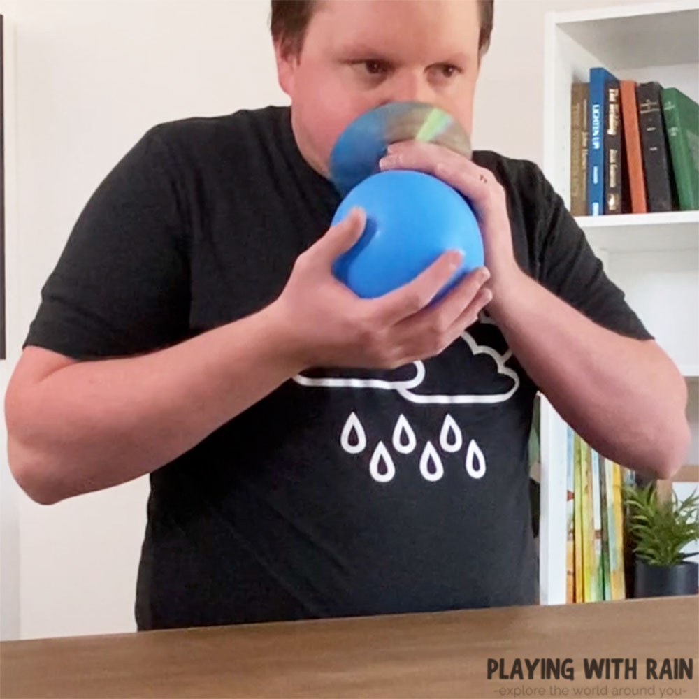 Inflate the balloon through the CD