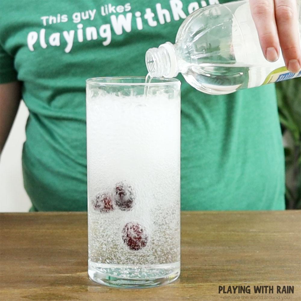 Pour some vinegar into the glass